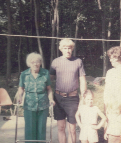 Dad with his mother Gela and girls